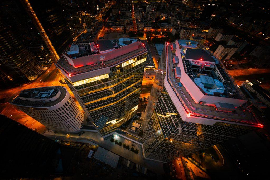 The Warsaw HUB by night
