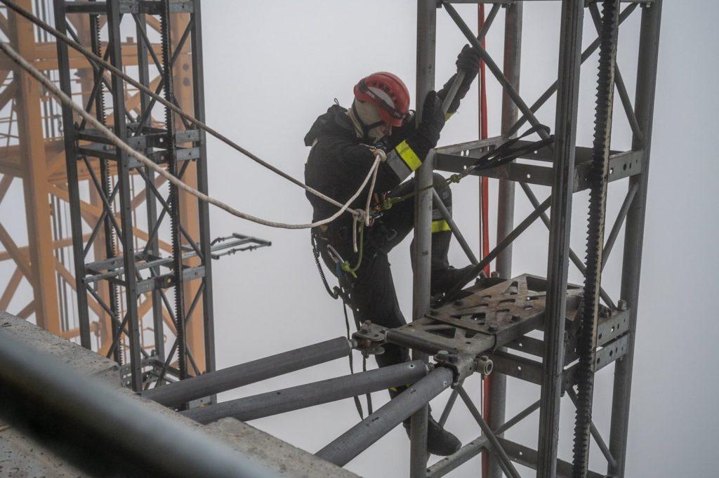 Strażacy na Varso Tower